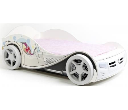 Кровать-машина Молли (Molly) с подсветкойКровати-машины<br>Детская кровать-машина Molly станет чудесным подарком для ребенка. <br>    Кровать имеет одноуровневое дно и выполнена из качественных немецких материалов. Ортопедическое основание включает в себя металлическую раму с деревянной решеткой, ножки кровати выполнены из металла.<br>   <br>    В комплект входит пульт дистанционного управления, позволяющий регулировать подсветку и включать и выключать фары. Подсветка имеет лампы низкого напряжения, которые не нагреваются и используются долгое время.<br>   <br>    Колеса кровати можно снять и поставить ее вплотную к стене.<br>   <br>    Максимальная нагрузка 150 кг.<br>   <br>    Рисунки нанесены акриловой эмалью, они не выгорают и долго сохраняют изначальный вид. Также акрил абсолютно безопасен для детей.<br>   <br>    Кровать поставляется в четырех коробках, общим весом 89 кг.<br>   <br>    Предназначена для детей от трех лет.<br><br>Размер спального места: 90 см х 160 см<br>Габариты кровати 90 х 160: 110 см х 184 см<br>Размер спального места: 90 см х 190 см<br>Габариты кровати 90 х 190: 110 см х 214 см<br>Высота изголовья: 66 см<br>Материал: ЛДСП<br>Ортопедическое основание: в комплекте<br>Подъемный механизм: отсутствует<br>Вес: 89 кг
