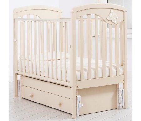 Кровать детская с универсальным маятником Джулия слоновая костьКроватки для новорожденных<br>Кровать детская с универсальным маятником Джулия позволяет раскачивать ложе новорожденного в 2-х направлениях: в продольном и поперечном (направление выбирается при сборке кроватки). <br>Изголовье данной кровати имеет ненавязчивую асимметричную линию в своей конструкции и украшено стразами Swarovski в форме бабочки.<br>