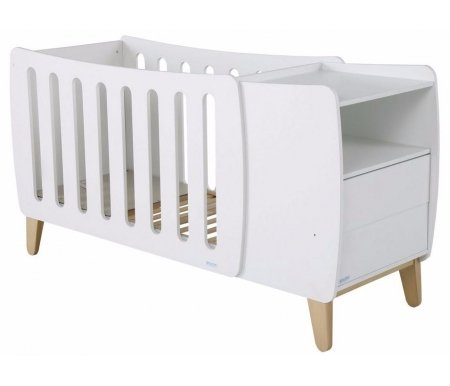 Кровать Micuna Harmony Plus Relax whiteКроватки для новорожденных<br>Испанские дизайнеры для тех, кто предпочитает креатив, представляют новое изделие – необычную по форме кроватку Harmony, которая радует современным видением интерьера, необычайно стильным и функциональным подходом в решении технических задач. В комплекс входит кроватка-трансформер в виде уютной колыбельки, а также тумба для хранения постельных принадлежностей и детских вещей. Весь комплект представляет собой компактную и многофункциональную конструкцию, удобную в пользовании.<br> <br>  <br> <br>  Преимущества Relax: <br>    <br>   - облегчает дыхание малыша при простуде; <br>    <br>   - снижает риск удушья в случае срыгивания; <br>    <br>   - снижает накопление газов; <br>    <br>   - значительно снижает риск «синдрома внезапной смерти».<br> <br>  <br> <br>  Основные характеристики: <br>    <br>   - использование кроватки-трансформера в качестве спального места и колыбели и пеленального столика; <br>    <br>   - трансформация кроватки в специальное пеленальное место для детей до одного года; <br>    <br>   - изменение наклона ложа с помощью системы Relax; <br>    <br>   - регулирование высоты ложа в одной из двух возможных позиций; <br>    <br>   - использование в изделии закрытых шурупов, болтов и безопасных замков в движущихся деталях; <br>    <br>   - отсутствие колесиков на ножках; <br>    <br>   - наличие в комоде открытой полочки и двух ящиков (система «push» – для легкого открывания); <br>    <br>   - в комплект входит матрасик для колыбели.<br>