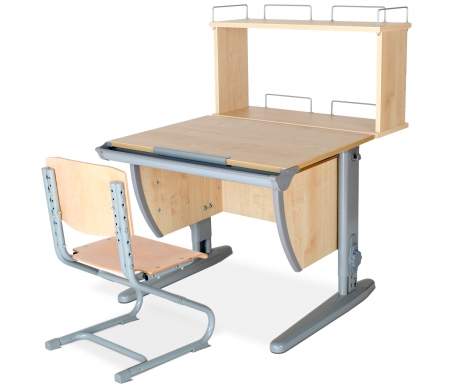 Растущая парта Classic СУТ 14 со стулом 01-01 и полкой задней 14.250 клен / серыйРастущие<br>Высоту и глубину сидения стула можно настроить в зависимости от роста пользователя. Регулировки стула могут производить только взрослые. Стол и стул выполнены из ЛДСП. <br> <br>  <br> <br> <br>Ножки стола регулируются по высоте, угол столешницы изменяется до 26 градусов - 9 ступеней регулировки. <br>   <br>    <br>   <br> <br>  Парта идет в комплекте с задней полкой, которая сделана из того же материала, что и стол. Ширина изделия - 75 см, глубина - 25 см, высота - 45.<br>
