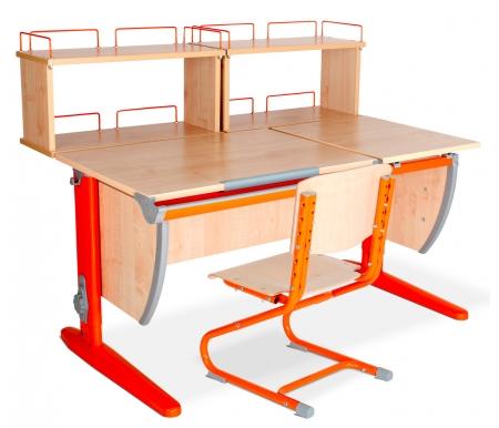Растущая парта Classic СУТ 17 со стулом 01-01 и полкой задней 15.240 (2 шт.) клен / оранжевыйРастущие<br>Высоту и глубину сидения стула можно настроить в зависимости от роста пользователя. Регулировки стула могут производить только взрослые. Стол и стул выполнены из ЛДСП. <br> <br>  <br> <br> <br>Ножки стола регулируются по высоте, угол столешницы изменяется до 26 градусов - 9 ступеней регулировки. <br>   <br>    <br>   <br> Парта идет в комплекте с двумя задними двухъярусными полками , которые сделаны из того же материала, что и стол. Габариты изделий одинаковые: ширина - 60 см, глубина - 25 см, высота - 45 см.<br>