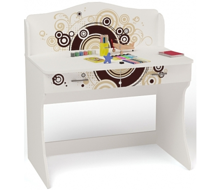 Стол без надстройки Экстрим (Extreme)Столы<br>Стол без надстройки Экстрим (Extreme) имеет два выдвижных ящика. <br><br> <br>В конструкции мебели применяется ДСП немецкого производства, покрытая современными эмалями, благодаря которым за поверхностями мебели легко ухаживать. Для производства используются исключительно экологически чистые материалы. <br>  <br> <br>  Рисунок нанесен акриловыми красками - они не выгорают на солнце и ребенок их никак не отклеит, это безопасный материал.<br> <br> <br>Этот стол также продается с надстройкой.<br><br> <br>  Вы можете приобрести стол как отдельно, так и в составекомплекта детской мебели Экстрим (Extreme).<br><br>Ширина: 100 см<br>Глубина: 60 см<br>Высота: 108,5 см<br>Материал: ДСП<br>Цвет корпуса: белый