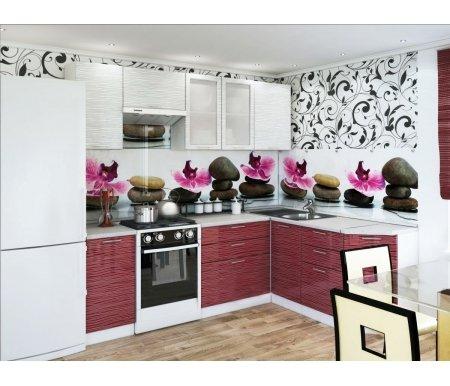 Готовая кухня Валерия-М комплектация 1 каркас белый, фасад белый глянец страйп / красный глянец страйпУгловые кухни<br>Фасады: 16 мм.<br> <br>Высота правой части кухни: 85 см.<br> <br> <br>  <br> <br> <br>1. Шкаф верхний (каркас В 400 + фасад Ф-20).<br> <br>Габаритные размеры (Ш x Г x В): 40 см х 32 см х 72 см.<br> <br>В комплект входит 1 полка.<br> <br>Направление открытия двери: универсальное.<br> <br> <br>  <br> <br> <br>2. Шкаф верхний горизонтальный (каркас ВГ 600 + фасад Ф-85).<br> <br>Габаритные размеры (Ш x Г x В): 60 см x 32 см x 32 см.<br> <br>Направление открытия двери: вверх.<br> <br> <br>  <br> <br> <br>3. Шкаф верхний с двумя стеклянными дверями (каркас В 800 + фасад Ф-55).<br> <br>Габаритные размеры (Ш x Г x В): 80 см x 32 см x 72 см.<br> <br>В комплект входит 1 полка.<br> <br> <br>  <br> <br> <br>4. Шкаф верхний (каркас В 600 + фасад Ф-46).<br> <br>Габаритные размеры (Ш x Г x В): 60 см x 32 см x 72 см.<br> <br>В комплект входит 1 полка.<br> <br> <br>  <br> <br> <br>5. Нижний шкаф (Каркас Н 400 + фасад Ф-20).<br> <br>Габаритные размеры (Ш x Г x В): 40 см х 48 см х 85 см.<br> <br>В комплект входит 1 полка.<br> <br> <br>  <br> <br> <br>6. Нижний шкаф с тремя ящиками (каркас Н 803 + фасад Ф-53).<br> <br>Габаритные размеры (Ш x Г x В): 80 см х 48 см х 85 см.<br> <br> <br>  <br> <br> <br>7. Нижний угловой шкаф (каркас НУ 990 + фасад Ф-20).<br> <br>Габаритные размеры (Ш x Г x В): 99 см х 48 см х 85 см.<br> <br>Шкаф предполагает приобретение столешницы и врезной раковины.<br> <br> <br>  <br> <br> <br>8. Нижний шкаф с тремя ящиками (каркас Н 403 + фасад Ф-23).<br> <br>Габаритные размеры (Ш x Г x В): 40 см х 48 см х 85 см.<br> <br> <br>  <br> <br> <br>9. Нижний торцевой шкаф (каркас НТ 300 + фасад Ф-20).<br> <br>Габаритные размеры (Ш x Г x В): 30 см х 56 см х 85 см.<br> <br>В комплект входит 1 полка.<br> <br>Направление угла сборки можно выбирать при сборке, но столешницу нужно покупать определенного угла.<br> <br>Шкаф примыкает в плотную к стене, в отличие от
