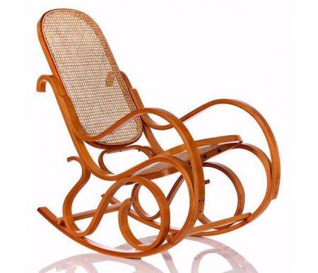 Кресло-качалка Формоза (ротанг бук)Кресла-качалки<br>Кресло-качалка Формоза (ротанг бук) - прекрасный вариант для дачи или сада.<br> <br>Традиционная конструкция кресла способна выдерживать нагрузку до 90 кг.<br><br>Ширина сиденья: 42 см<br>Ширина: 53 см<br>Глубина сиденья: 45 см<br>Глубина: 100 см<br>Высота сиденья: 37 см<br>Высота спинки: 78 см<br>Высота: 95 см<br>Материал каркаса: дерево<br>Цвет каркаса: бук<br>Материал сиденья и спинки: ротанг