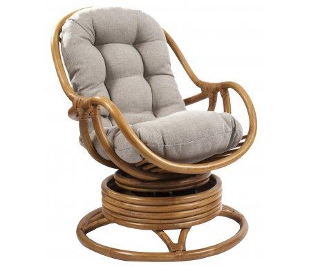 Кресло-качалка Kara с подушкойКресла-качалки<br>Кресло-качалка Kara с подушкой имеет необычную конструкцию на пружинах, которая позволяет модели вращаться.<br> <br>Удобная и мягкая подушка может сниматься.<br> <br>Максимальная нагрузка - 120 кг.<br><br>Ширина сиденья: 50 см<br>Ширина: 67 см<br>Глубина сиденья: 50 см<br>Глубина: 90 см<br>Высота сиденья: 45 см<br>Высота: 90 см<br>Материал каркаса: ротанг<br>Цвет каркаса: орех, коньяк, золотой мед<br>Материал обивки: рогожка<br>Цвет обивки: серо-бежевый