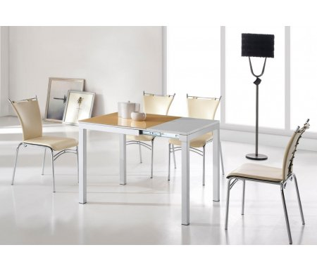 Стол 6216Стеклянные столы<br>Каркас стола 6216 изготовлен из матового металла, столешница выполнена из закаленного стекла бежевого цвета, материал вставки - МДФ, покрытый белым ламинатом. <br>За разложенным столом можно разместить до 6 персон.<br><br>Длина: 69 см (раскладывается до 105 см)<br>Ширина: 75 см<br>Высота: 75 см<br>Материал каркаса: матовый металл<br>Материал столешницы: закаленное стекло<br>Цвет столешницы: бежевый<br>Материал вставки: МДФ, покрытый ламинатом<br>Цвет вставки: белый