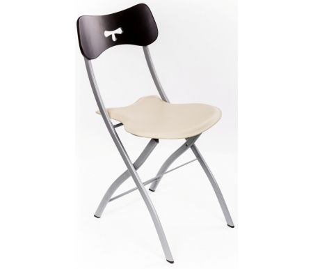 Стул 3147 венге-бежевыйСтулья на металлокаркасе<br>Каркас стула 3147 изготовлен из матового металла, сиденье обито бежевым кожзаменителем, спинка выполнена из дерева, тонированного в цвет венге. Стул складной, компактный, в сложенном виде занимает очень мало места.<br><br>Ширина сиденья: 48 см<br>Глубина сиденья: 43 см<br>Высота спинки: 84 см<br>Материал каркаса: матовый металл<br>Материал обивки: кожзаменитель<br>Цвет обивки: бежевый<br>Материал спинки: дерево<br>Цвет спинки: венге