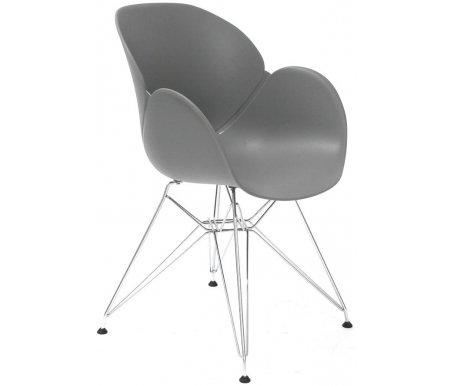 Стул FL-15Стулья на металлокаркасе<br>Удобный и современный стул FL-15 подходит для использования в гостиных и кухнях, на дачах и в кафе. Обратите внимание на его необычный и привлекательный дизайн.<br><br>Ширина: 58 см<br>Глубина: 52 см<br>Высота: 85 см<br>Материал каркаса: хромированный металл<br>Материал сиденья и спинки: пластик<br>Цвет: серый