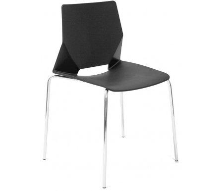 Стул HF-01Стулья на металлокаркасе<br>Удобный и современный стул HF-01 подходит для использования в гостиных и кухнях, на дачах и в кафе.<br><br>Ширина: 58 см<br>Глубина: 52 см<br>Высота: 80 см<br>Материал каркаса: хромированный металл<br>Материал сиденья и спинки: пластик<br>Цвет: черный