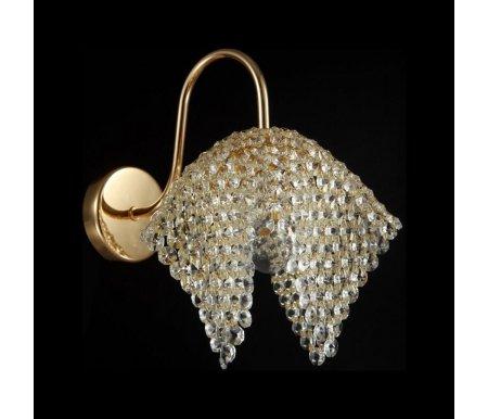 Бра Croce X82-WB1-GБра<br>Компания Maytoni – это эстетическое удовольствие для искушенных. Роскошная линейка Diamant Crystal – богатейшее собрание  блистательных моделей в стиле ампир. Бра X82-WB1-G – не что иное, как ослепительно сверкающий тюльпан из хрустальной сетки. Каждый кристалл, из которого она сделана, отличается повышенными светоотражающими свойствами вследствие увеличенного количества оксида свинца в составе. Высокоточная машинная огранка и полировка сделали камни еще более ценными – ни один луч не наткнется на такую преграду, не преломившись. Свет бра дает уникального спектра – он повышает настроение, согревает, не надоедает.<br>